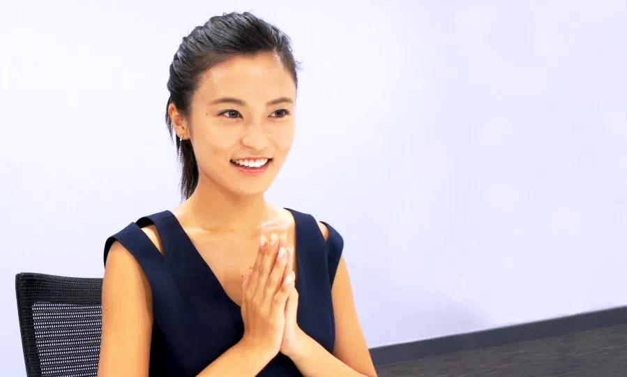 小島瑠璃子 インタビュー